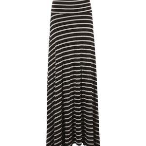 🖤 Lovely super soft black & white maxi skirt NWOT ✨